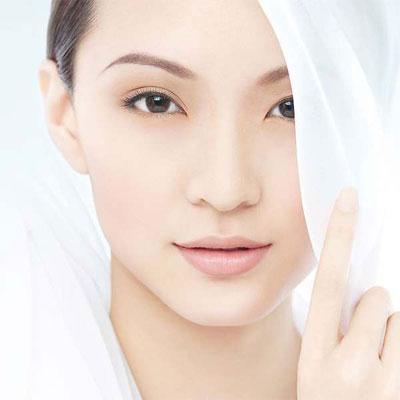 缺水的皮肤和健康的皮肤结构对比图